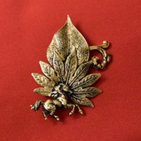 Brooch horse leaf 2